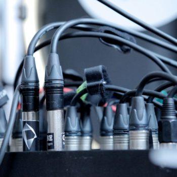 Tonstudio verkabelung Mischpult