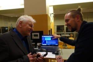Tonmeister und Chorleiter im Gespräch